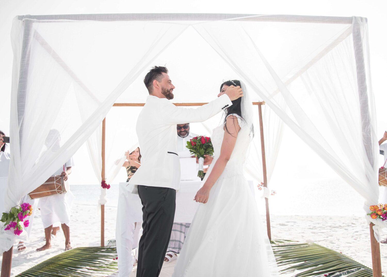 Czy warto wynająć namiot na wesele?